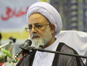 واکنش استاد حوزه ایلام به سخنان سخیف علیه رهبر معظم انقلاب