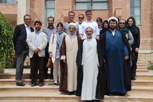 خبرنگاران آلمانی از دانشگاه ادیان بازدید کردند