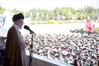 وظیفه همه در مقابل نفوذ دشمن، تبیین است/ استکبار از ایستادگی و جهاد کبیر ملت ایران عصبانی است