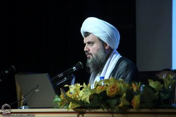 آیتالله اشرفی شاهرودی خدمات فراوانی به جهان اسلام ارائه کرد