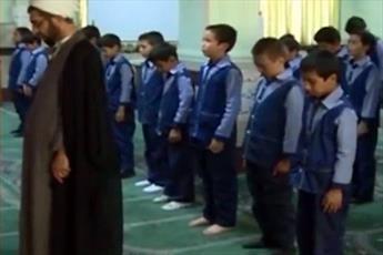 اعزام طلاب و روحانیون به ۴۰۰ مدرسه دانش آموزی برای اقامه نماز