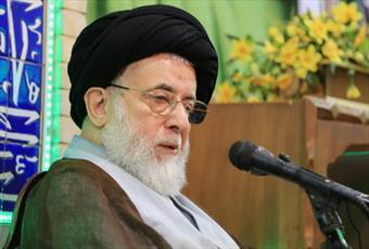 انتخاب امام هشتم به عنوان ولیعهد برای جلوگیری از فروپاشی خلافت عباسی بود