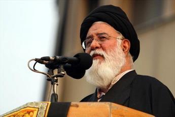 زهد، نماد ارزشمند حوزه است/ جامعه اسلامی هدف اولیه در گسترش انقلاب