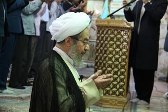 تصاویر/  اقامه نماز عید سعید فطر به امامت آیت الله مقتدایی در جمکران