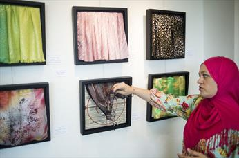 برپایی نمایشگاه نقاشی زنان محجبه در فلوریدا