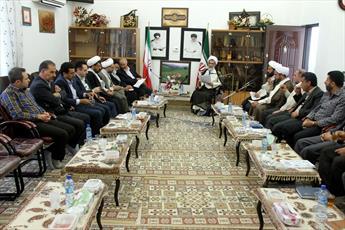 هیچ بهانه ای برای کمرنگ برگزار شدن نمازجمعه وجود ندارد/ کمبود روحانی در شهرها و روستاها