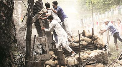 نظامیان هند، جوانان معترض کشمیری را کور میکنند و هیچ کس پاسخگو نیست!