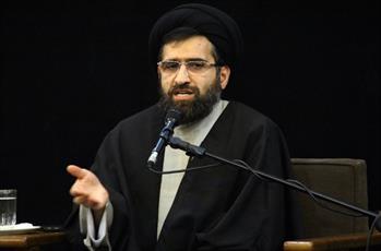احترام به شهدا، بزرگان دین و فرهنگ جزء الزامات کشورها است/ وهابیت زیارت قبر پیامبر(ص) را معصیت می دانند