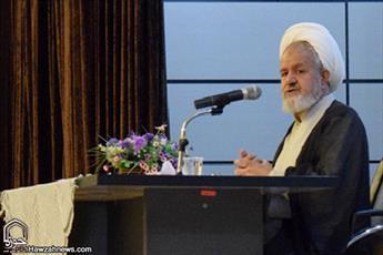 روحانیت باید تهدیدها را بشناسد/ علما در خط مقدم مقابله با انحرافات قرار دارند