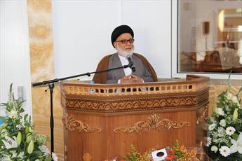 امام علی علیه السلام برتر از مذاهب و ادیان است