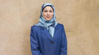 یک بانک استرالیایی حجاب را به یونیفرم کارمندانش اضافه کرد