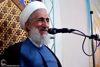 امام علی(ع) اسوه وحدت در جهان اسلام است/ برای اتحاد امت اسلامی سختیها را تحمل کنیم