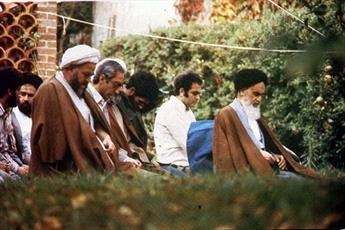 نماز جماعت امام خمینی (ره) در مسجد متروکه!