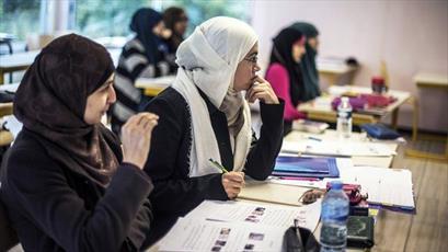 دانشجوی محجبه کانادایی از شرکت در امتحان محروم شد