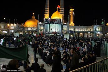 تصاویر/ سوگواری عزاداران حسینی در حرم حضرت معصومه(س)