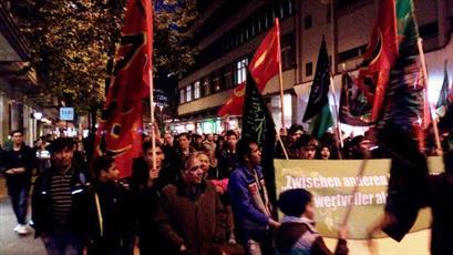 دسته عزای شام غریبان حسینی در خیابانهای زوریخ برپا شد+عکس