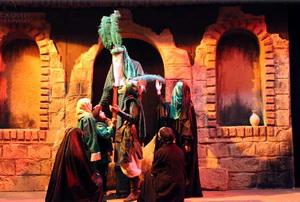 تئاتر دینی ظرفیت عظیمی برای انتقال پیام نهضت حسینی است