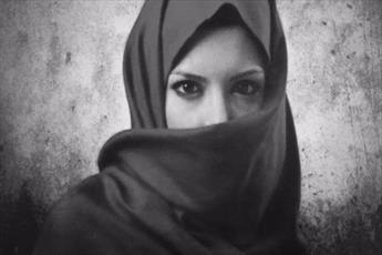 برپایی نمایشگاه  «حجاب» در کتابخانه مرکزی حرم رضوی