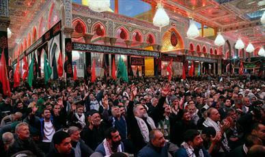 عزاداری زائران ایرانی در حرم مطهر امام حسين(ع) برگزار شد + عکس