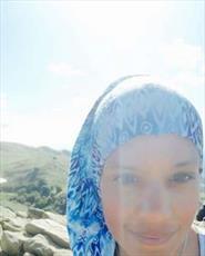 حمله به اتومبیل زن غیرمسلمان آمریکایی به خاطر حجاب
