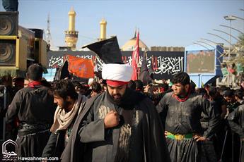مبلغان زباندان در پیاده روی اربعین ماهیت تشیع لندنی را برملا کنند