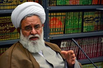 علما  از اسم و رسم گریزانند / مرحوم آیت الله خسروشاهی از مفاخر حوزه تهران بود