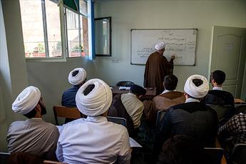 جایگاه اساتید در نظام آموزشی حوزه/ ملاک های استاد مجتهدپرور/ آسیب هایی که عرصه استادی در حوزه را تهدید می کند