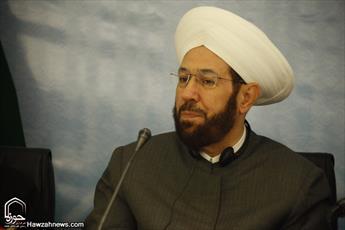 امام خمینی(ره) باعث عزت جهان اسلام شد