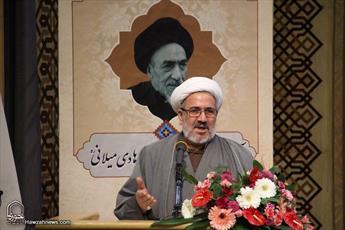 آیت الله العظمی میلانی مرزبان سترگ اندیشه اسلامی بود/ شخصیت تفسیری این مرجع فقید نشناخته مانده است