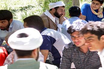 نشر مفاهیم اسلامی به تلاش جهادگونه نیاز دارد
