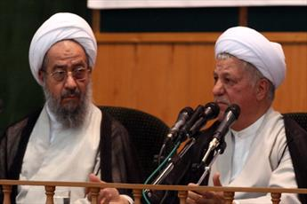 فقدان آیت الله هاشمی خسارت بزرگی برای اسلام و انقلاب است/ این شخصیت انقلابی به رهبری عشق می ورزید