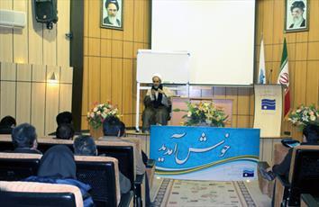 تعلیم و تربیت  اسلامی تنها راه مقابله با تهدیدات فرهنگی  است