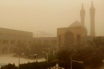 گرد و خاک شدید، حوزه علمیه اهواز را به تعطیلی کشاند