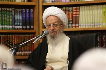 فرزندان برخی علمای سنی من را عمو صدا می کنند/جوانان را مطابق افکار دین مبین اسلام پرورش دهید