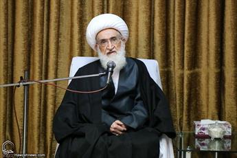 جامعه اسلامی در مقابل  جنایت اسرائیل و غرب بی تفاوت نباشد