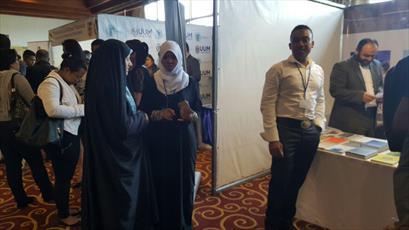 حضور جامعة المصطفی در نمایشگاه دانشگاه های برتر ماداگاسکار+تصاویر