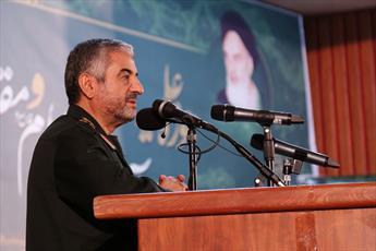 حفظ و توسعه انقلاب وجه مشترک حوزه و سپاه است/ اگر جبهه مقاومت نبود، عراق از دست رفته بود