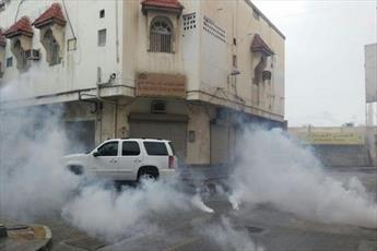 مردم بحرین در حمایت از شیعیان عربستان تظاهرات می کنند