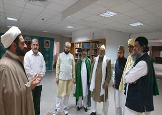بازدید هیئتی متشکل از علما و اندیشمندان هند از پژوهشگاه مطالعات تقریبی