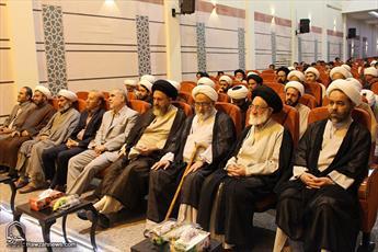 تصاویر/ تجلیل از اساتید ممتاز و ایثارگر مدارس علمیه  فارس