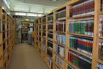 ۱۶۵ کتابخانه   قفسه باز در مساجد خراسان شمالی وجود دارد