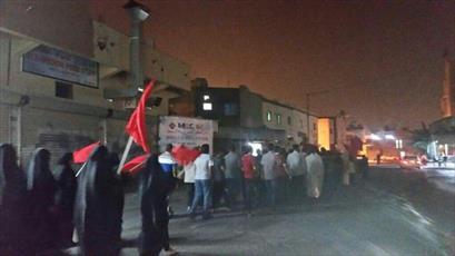 تظاهرات بحرینیها در اعتراض به صدور حکم علیه شیخ قاسم/ درگیری نیروهای امنیتی با مردم
