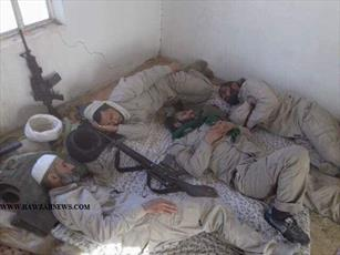 عکس/ استراحت طلاب نجف پس از نبرد با داعش