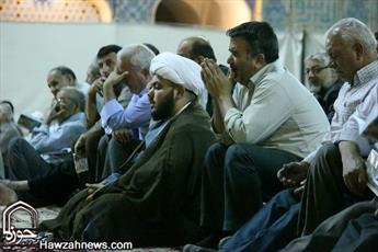 نجوای عارفانه در مساجد اصفهان به روایت تصویر
