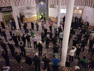 برگزاری مراسم احیای شب قدر در مسجد امام علی(ع) دانمارک +عکس