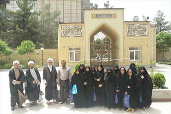 بازدید جمعی از طلاب پاکستانی از حوزه خواهران+ تصویر