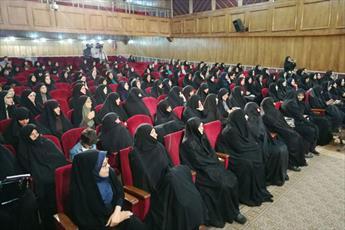 دشمن به دنبال گرفتن غیرت مرد ایرانی و  حیا و عفت از زنان است