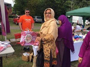 مسلمانان انگلیسی گردهمایی میان ادیانی خانوادگی برگزار کردند+ تصاویر