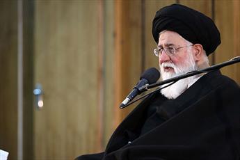 نسل سوم و چهارم با دستاوردهای انقلاب آشنا شوند/ انقلاب اسلامِ زندانی شده در  مسجد و حسینیه  را به متن جامعه آورد