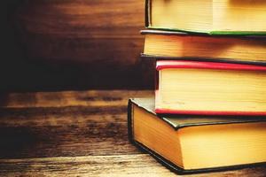 اهدای ۵۰۰ جلد کتاب حوزوی توسط روحانی خیر بجنوردی